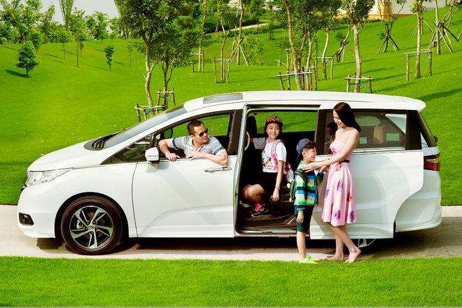 Thuê xe 7 chỗ đi Bảo Lộc cùnggia đình,bạn bè, người thân