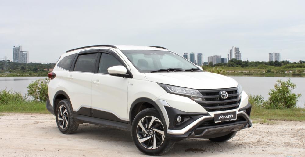 Giá cả luôn là sự quan tâm hàng đầu Thuê xe Toyota Rush tự lái