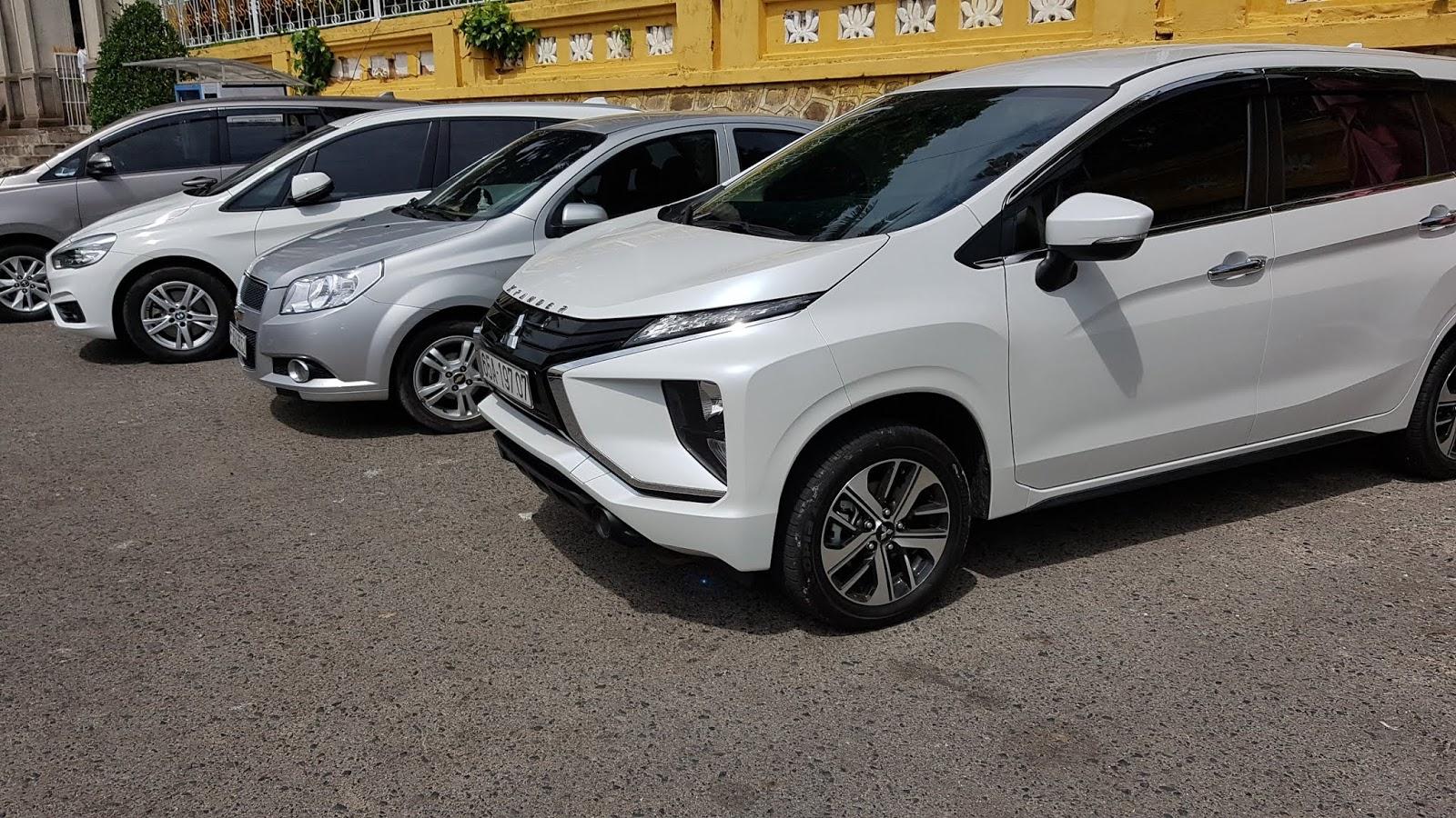 Cho thuê xe 7 chỗ có tài xế TP Hồ Chí Minh giá rẻ